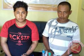 Oknum honorer BPBD ditangkap buang sabu-sabu