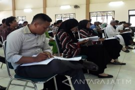 Ratusan Pendaftar PPK Sumenep Ikuti Tes Tulis (Video)