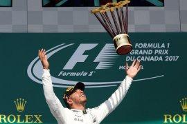Hamilton Kontrak Baru dengan Mercedes
