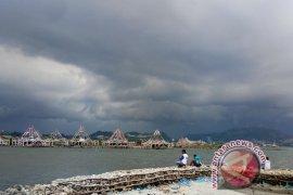 Hujan lebat diprakirakan terjadi di Lampung dan beberapa wilayah  lainnya