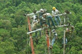 Dua Bupati dukung program  listrik pintar