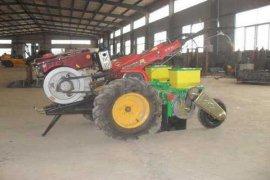 Pemkot Bekasi mulai distribusikan bantuan alat pertanian