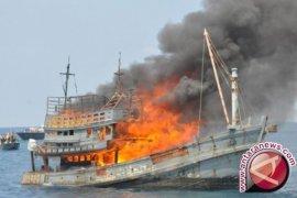KKP Setuju Ledakkan Kapal Ikan Di Mimika