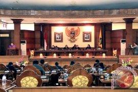 Sidang paripurna DPRD Bali bahas kemiskinan dan kualitas pariwisata