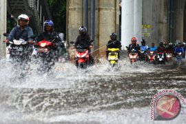 Waspada, Ada peringatan dini cuaca Jabodetabek