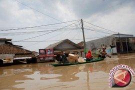 Pengungsi Banjir Kabupaten Bandung Terus Bertambah