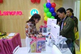 Resmikan Layanan Eksklusif, Motorola Bidik Pasar Surabaya