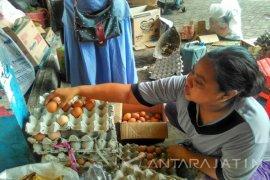 Harga Beras dan Telur Ayam di Madiun Masih Tinggi