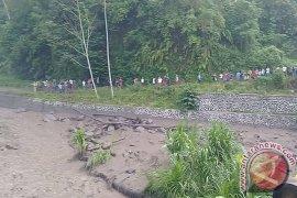 Lahar Hujan Banjiri Sungai Yeh Sah Rendang-Karangasem (Video)