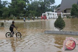 HST Selamat Dari Banjir