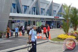 Air asia buka dua rute penerbangan Silangit-Malaysia