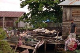 Empat Lokasi di HSS Kena Dampak Puting Beliung