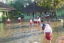 Banjir Akibat Hujan Lebat Rendam Wilayah Jembrana