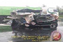 Tragis, Istri Bupati Dan Dua Ajudan Tewas Kecelakaan Di Cipali