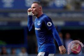 Penalti Rooney Batalkan Kemenangan Liverpool