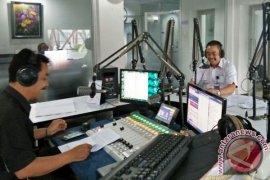 """Dialog Interaktif """"Kiprah LKBN Antara"""" di RRI Jambi"""
