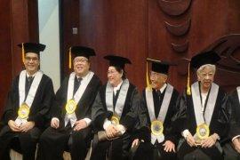 Menteri Bambang: Masyarakat Mulai Berinvestasi Pada Perusahaan Peduli CSR