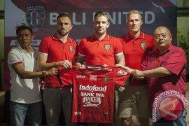 """""""Cellular World"""" Dukung Bali United ke Liga Champion Asia"""