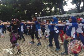 900 Insan Kesehatan Bogor Meriahkan Puncak HKN