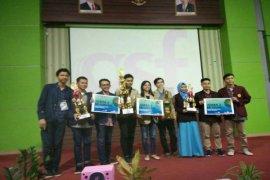 Kritisi Kinerja Jokowi, Mahasiswa IPB Raih Juara Lomba Debat Nasional