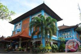 Pemerintah pusat akan benahi jalan desa di Badung