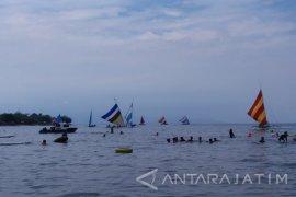 Jumlah Pengunjung Wisata Bahari Pasir Putih Situbondo Meningkat 200 persen
