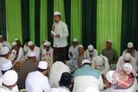 Wabup HSS Hadiri Haul Ke-8 H Ahmad Syamsuni