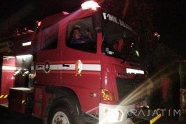 Lantai tiga gedung Kementerian Sosial terbakar