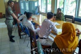 """30 Pelajar di Bojonegoro Diamankan Petugas Saat """"Ngopi"""" (Video)"""