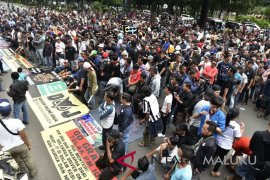 Dishub Ambon survei kuota taksi online