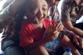 Andre Malau bantu Rahmad penderita cacat