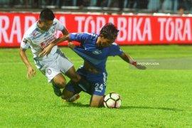Arema FC Lawan PSIS Semarang