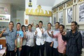 Edwarsyah Pernong Mengunjungi Coffee Resto IKLB Jawa Barat