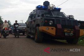 Warga blokir jalan di Aceh Utara