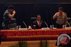 Presiden minta TNI-Polri solid jelang pilkada
