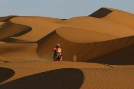 Sainz Amankan Kemenangan Peugeot di Dakar