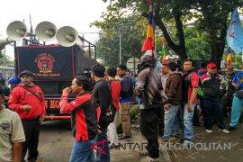 FSPMI Bekasi pastikan anggotanya sudah dilepaskan polisi