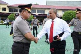 Kapolda Berikan Reward Tim Pengungkap Curas Rp10 Miliar