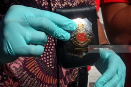 Polrestabes Surabaya Ungkap Penipuan Bermodus Penangkapan