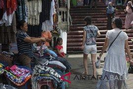 Kemenkop: revitalisasi pasar rakyat terbukti dongkrak transaksi
