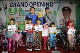Gubernur Lampung Ridho Ficardo Meresmikan Taman Gajah