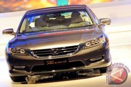 Karena spion, Honda recall Odyssey dan Accord