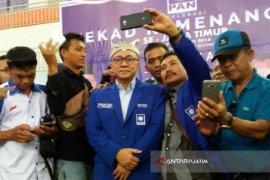 Ketum PAN Hadiri Deklarasi Kemenangan di Jawa Timur (Video)