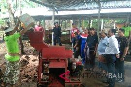 Pertamina bantu pengolahan kotoran sapi jadi pupuk