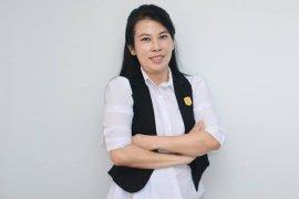 Tjhai Chui Mie optimistis pembangunan bandara terealisasi