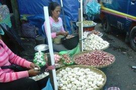 Harga bawang putih di pasar Ambon Rp20.000/Kg