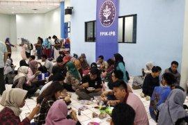 Agrianita FPIK IPB gelar program makan murah untuk mahasiswa