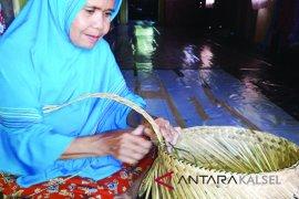 Mayor speaks in Jakarta on plastic bags banning