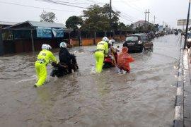 Ditlantas Analisa Banjir Di Jalan Raya Landasan Ulin