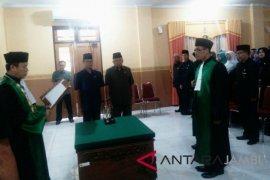 Abdan Khubban dilantik jadi ketua Pengadilan Agama Sengeti
